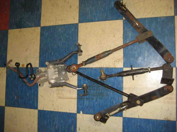 Used Rear Hydraulic Lift / 3 Point Hitch Kit for Honda H5013, or H5518 Tractor
