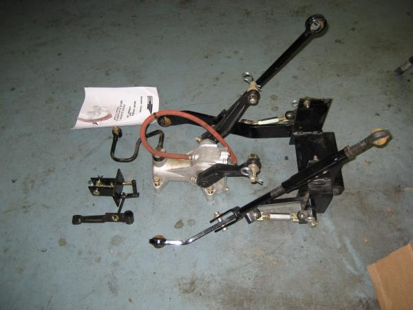 New Old Stock Rear Hydraulic Lift / 3 Point Hitch Kit for Honda H5013, or H5518 Tractor1