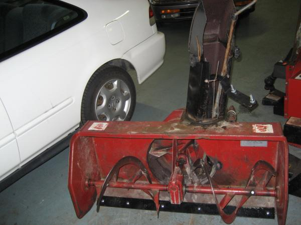 "<span class=""dojodigital_toggle_title"">Used 42″ Snowblower #6 for Honda RT5000, H5013, or H5518 Tractor</span>"