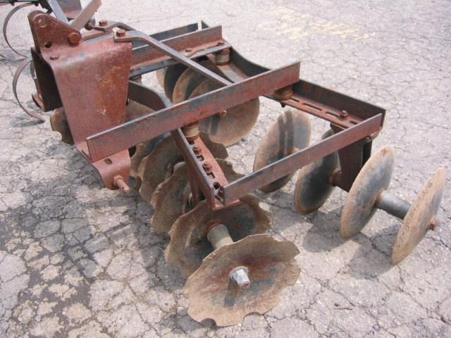 "<span class=""dojodigital_toggle_title"">Used Disc Harrow for Honda RT5000, H5013, or H5518 Tractor</span>"