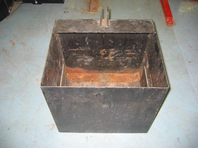 "<span class=""dojodigital_toggle_title"">Used Rear Weight Box for Honda RT5000, H5013, or H5518 Tractor</span>"