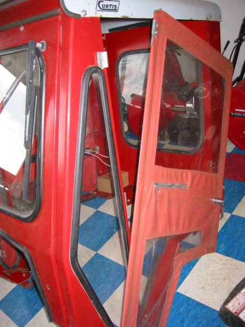 used curtis hard cab for honda h5518 tractor  u2013 formula h