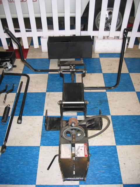"<span class=""dojodigital_toggle_title"">USED Quick Hitch / Drive Kit</span>"