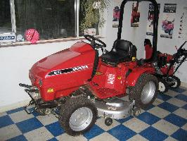 LIKE NEW Honda H5518A4 Tractor 16 Package