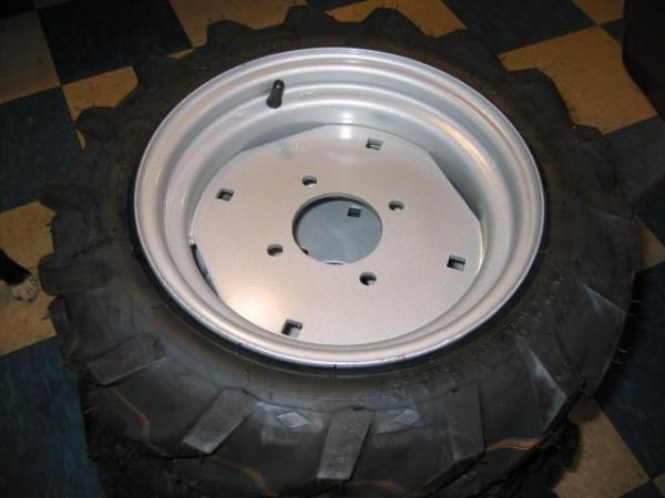 BRAND NEW Ag Tires & Rims for Honda RT5000, H5013, or H5518 Tractor